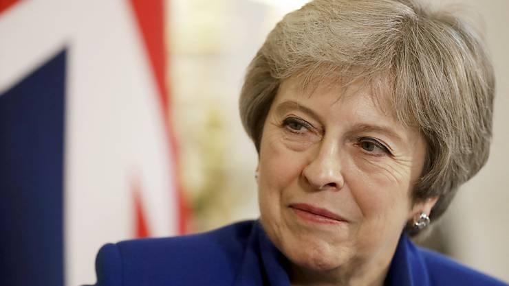 Premierministerin Theresa May (Bild) erklärte am Abend, dass das Kabinett den Entwurf für das Brexit-Abkommen mit der EU billige. (Archiv)