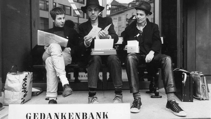 Daniel Häni, Mona Stefan Dähler, Ronald Wüthrich, Gedankenbank, 1988, Basel.