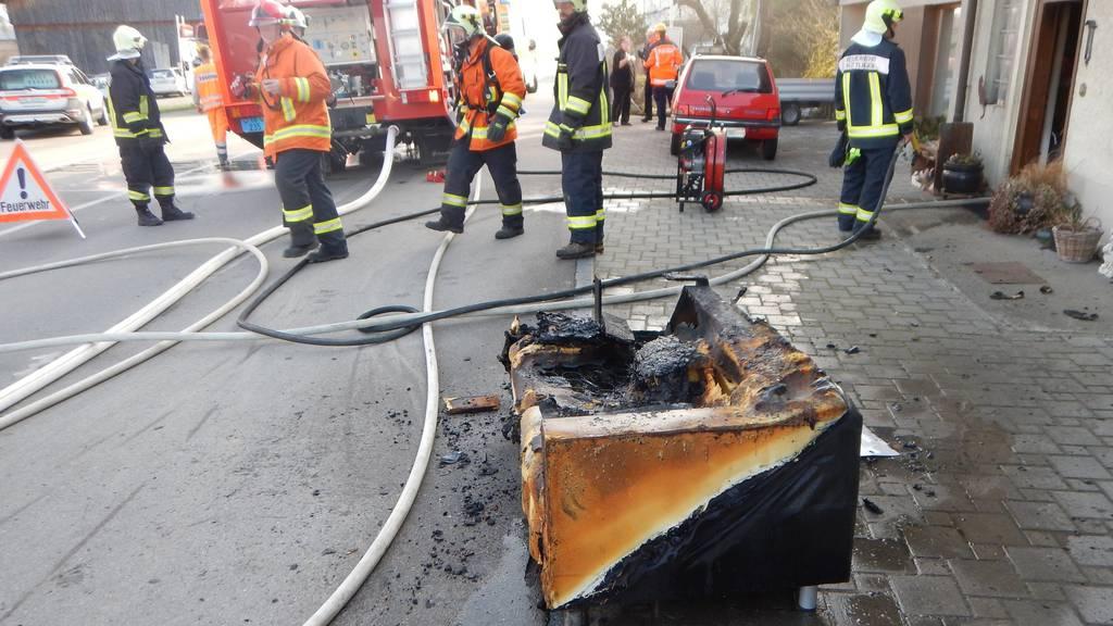 In Hüttlingen brannte am Dienstagmorgen ein Einfamilienhaus.