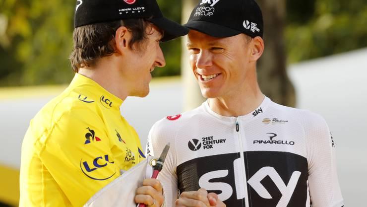 Geraint Thomas (links) und Chris Froome gratulieren sich gegenseitig