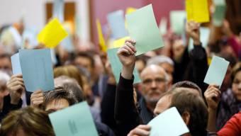 An der Gemeindeversammlung vom November 2013 in Weiningen nahm ein Nichtstimmberechtigter teil. Dies kommt ihn nun teuer zu stehen.