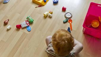 Die Behörden ziehen preisgünstiges Spielzeug aus Internetshops aus dem Verkehr, weil es Kleinkinder gefährden könnte. (Symbolbild)