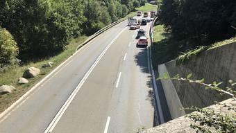 Von der Anhängerbrücke weggeschleudert: Ein 14-jähriger hat am Grossen Sankt Bernhard sein Leben verloren.