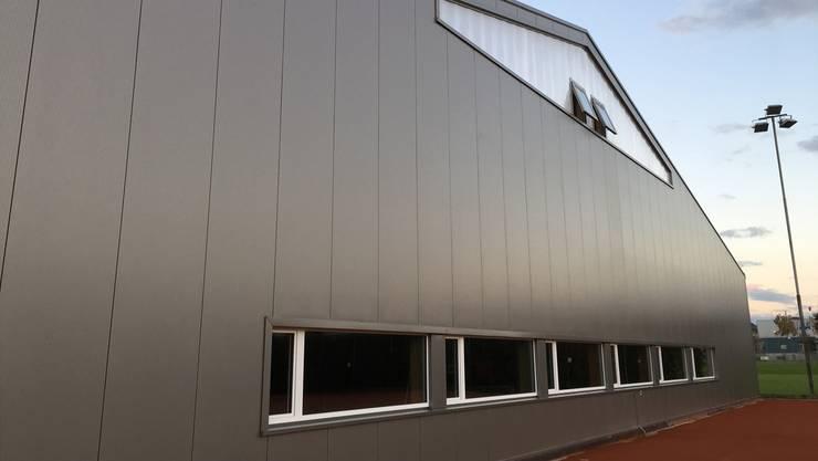 Wird am Samstag eingeweiht: die neue Tennishalle in Möhlin.