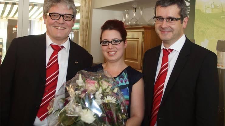 Gastro-Solothurn-Präsident Peter Oesch (links) und Sekretär Benvenuto Savoldelli mit dem neuen Vorstandsmitglied Stephanie Privé (Restaurant Bistraito, Solothurn).
