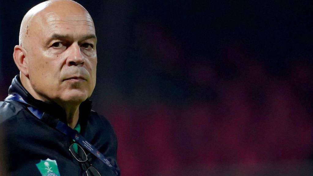 Der Zürcher Christian Gross soll Schalke vor dem Abstieg retten
