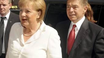 Die deutsche Bundeskanzlerin Angela Merkel und ihr Ehemann besuchten am Sonntag das Debüt von Starsopranistin Anna Netrebko als Aida bei den Salzburger Festspielen. (Archivbild)
