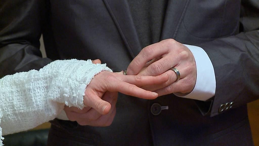 Heiratsstrafe wird vorläufig nicht abgeschafft