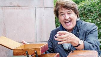 Helen Liebendörfer hat den Begriff Zeitmaschine aus dem Nähkästchen gefischt.