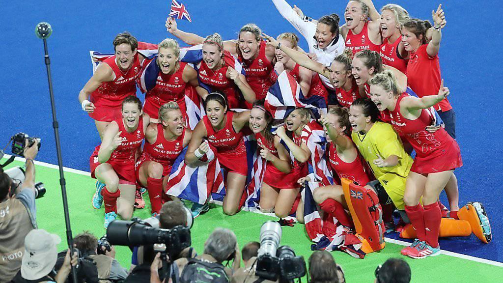 Grosser Jubel bei Grossbritanniens Landhockey-Spielerinnen nach dem Finalsieg gegen die Niederlande