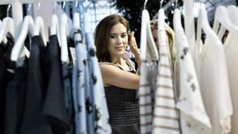 Fashionista, aber nicht um jeden Preis: Die dänische Kronprinzessin Mary kämpft für benachteiligte Frauen in der Modeindustrie.