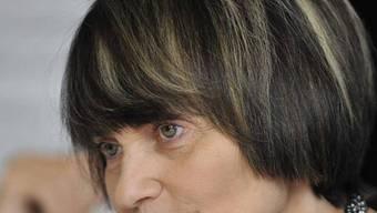 Aussenministerin Micheline Calmy-Rey will Sicherheheitsfirmen in die Verantwortung nehmen (Archiv)