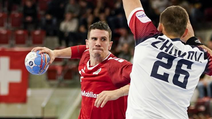 Andy Schmid wirft gegen die Ukraine zwei Tore.
