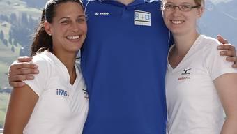 Trainingslager in Adelboden: Carmen Schäfer, Claudio Pätz und Janine Greiner (v.l.) stehen in Sotschi für die Schweiz auf dem Eis.