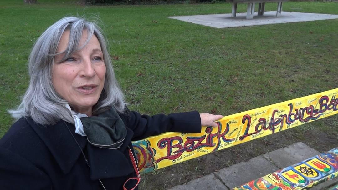 Die neue Künstlersitzbank in der Badstube Laufenburg: Künstlerin Lisa Brutschi sagt, was sie inspiriert hat.