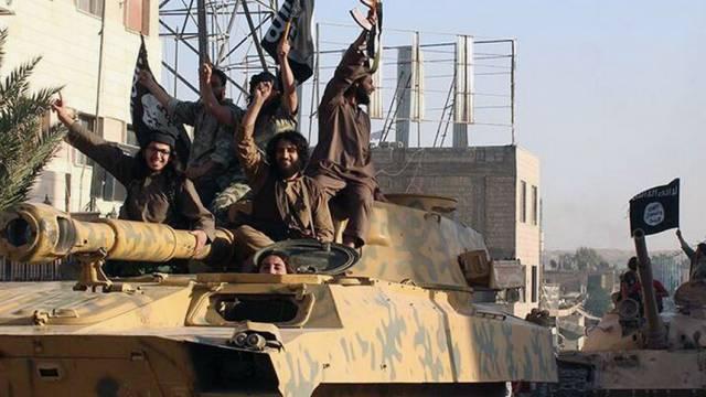 Kämpfer der IS-Terrormiliz (Archiv)