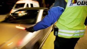 Die Polizei konnte die Frau schlussendlich anhalten (Symbolbild).