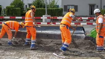 Die Anzahl der Stellen in der Schweiz hat nicht zuletzt dank der brummenden Bauwirtschaft weiter zugenommen. (Archivbild)