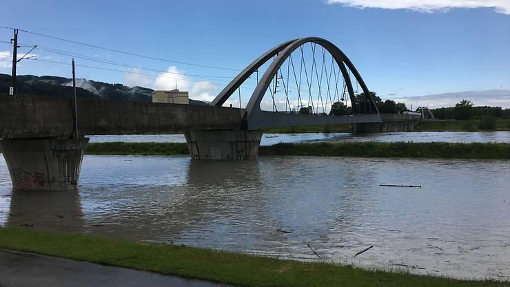 Am Alpenrhein sind die Pegelstände bereits hoch, nun wird eine weitere Hochwasserwelle erwartet. (Internationale Rheinregulierung)