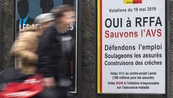 Die Genferinnen und Genfer haben am Sonntag ein doppeltes Ja zu den Steuervorlagen auf eidgenössischer und kantonaler Ebene in die Urne gelegt.