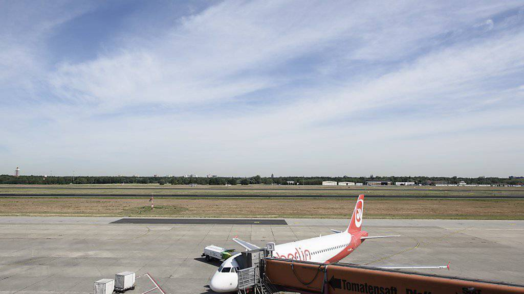 Verspätungen und Ausfälle kosten die Air Berlin Millionen. (Archiv)