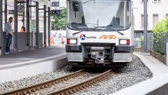 Auf der WSB-Linie Aarau-Menziken kommt es zu Verspätungen. (Archiv)
