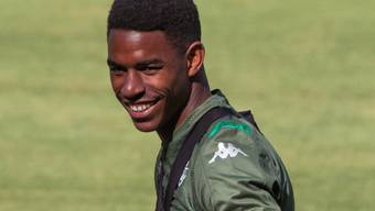 Junior Firpo trägt künftig das Trikot des FC Barcelona