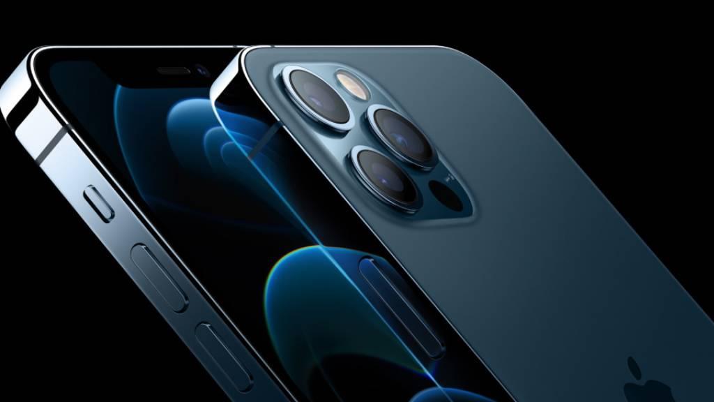 Smartphone-Absatz kommt dank 5G-Standard aus dem Tief
