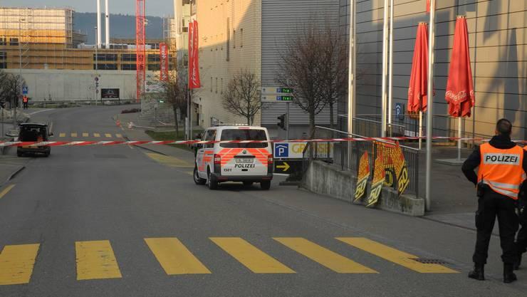 Nach einer Bombendrohung wurde das Einkaufszentrum geräumt.