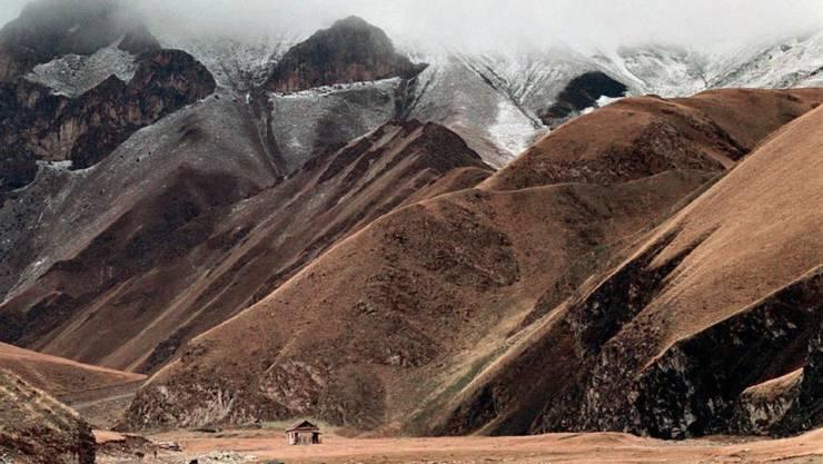 Die Gletscher auf dem Tien Shan, was übersetzt Himmlische Berge heisst, schmelzen rasant. Die regenarme Region ist stark abhängig vom Gletscherwasser.