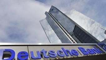 Blick auf den Hauptsitz der Deutschen Bank in Frankfurt am Main (Archiv)