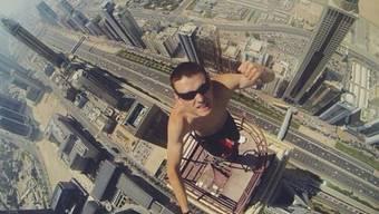 Riskante Selfies bringen Klicks (Symbolbild).