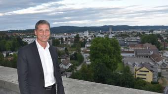 Verdient heute als Gemeinderat 17000 Franken: der Aarburger Finanzvorsteher Dino Di Fronzo.