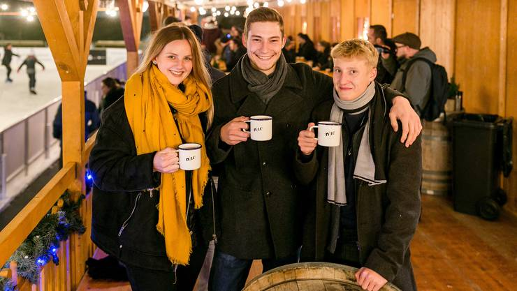 Vivienne Widmer, Mirko und Aurel Hess (v. l.) haben viele Mischungen ausprobiert, sogar mit Szechuanpfeffer haben sie experimentiert.