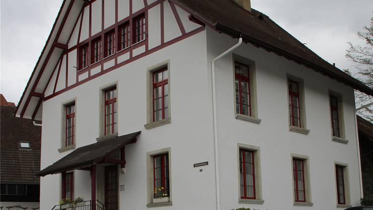 Die Gemeindeverwaltung in Elfingen. cm