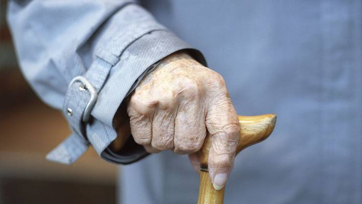 Der Unbekannte bot dem Rentner gar an, ihn nach Hause zu fahren.