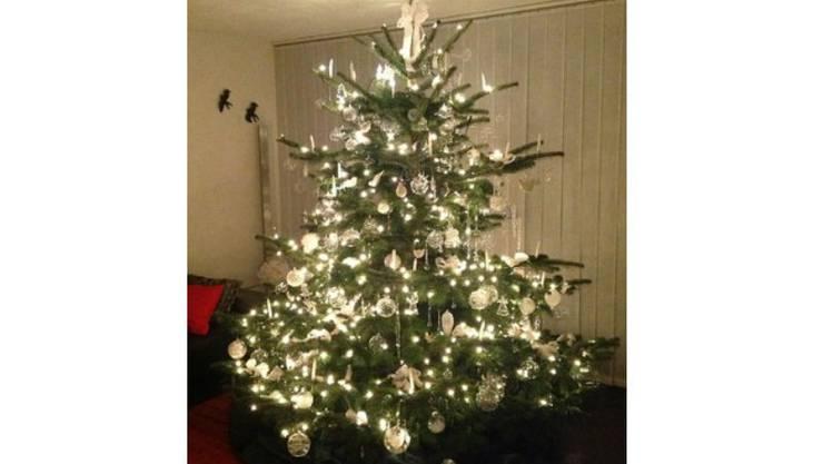 Der Weihnachtsbaum von Astrid Casanova aus Selzach