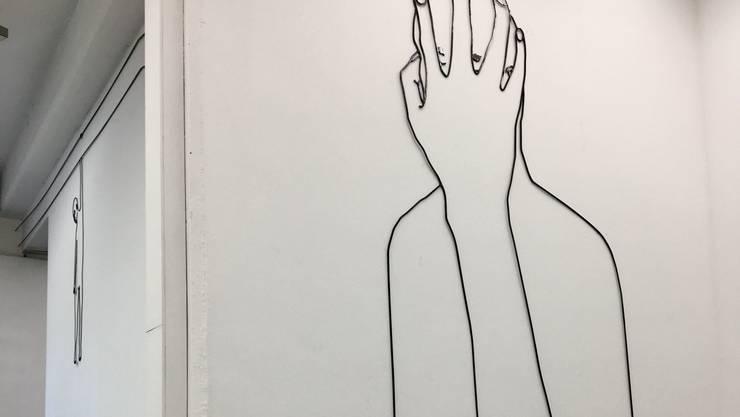 Leonardo Bürgis raumübergreifende Wandzeichnung.