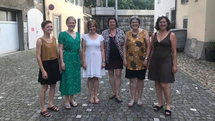 Moira Walter (für den Frauenstreik), Laura Lämmli, Lea Wormser, Doris Schaeren, Rita Lanz (für den Frauenstreik) und Franziska Roth.