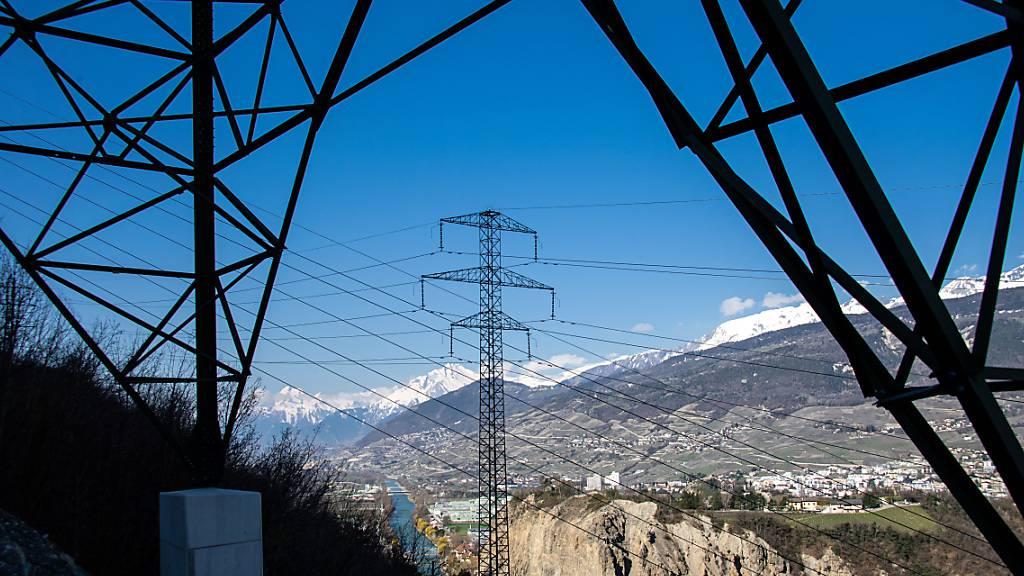Im Kanton Wallis ist am Freitag in vielen Gebieten der Strom ausgefallen. (Themenbild)