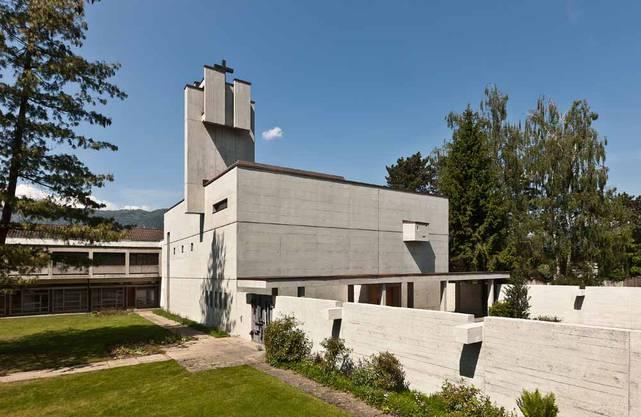 Das barocke Kloster St. Josef musste 1963 einem Neubau weichen. Eines der ersten seit dem Zweiten Vatikanischen Konzil errichteten Kloster ist so entstanden. Besichtigungen Samstag 11 und 14 Uhr. Treffpunkt vor er Klosterkirche Baselstrasse 17 Solothurn.