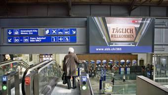 Der Vorfall ereignete sich auf der Bahnhofspasserelle im Bahnhof SBB in Basel (Archiv)
