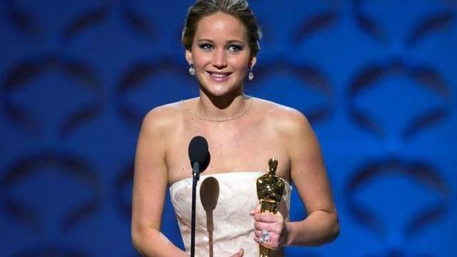 Jennifer Lawrence lief mit leerem Magen über den roten Teppich