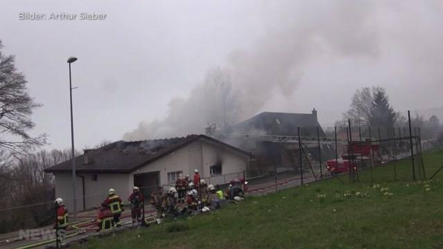Haus komplett niedergebrannt