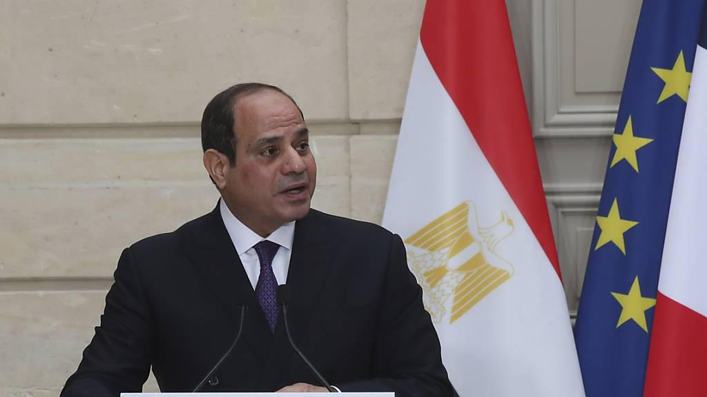 ARCHIV - Abdel Fattah al-Sisi, Präsident von Ägypten, im Dezember bei einem Besuch in Frankreich. Foto: Michel Euler/AP Pool/dpa