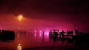 Das Feuerwerk vom Samstag hatte alleine fast eine halbe Million Menschen nach Genf gelockt