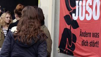 Die Juso bezeichnet die SP als unglaubwürdig - weil diese Ruth Humbel für den 2. Wahlgang empfiehlt.