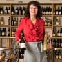 Erika Gilli vor einem Jahr in ihrem Geschäft Paradeis, das sie zusammen mit ihrem Mann Ende 1996 eröffnet hat.