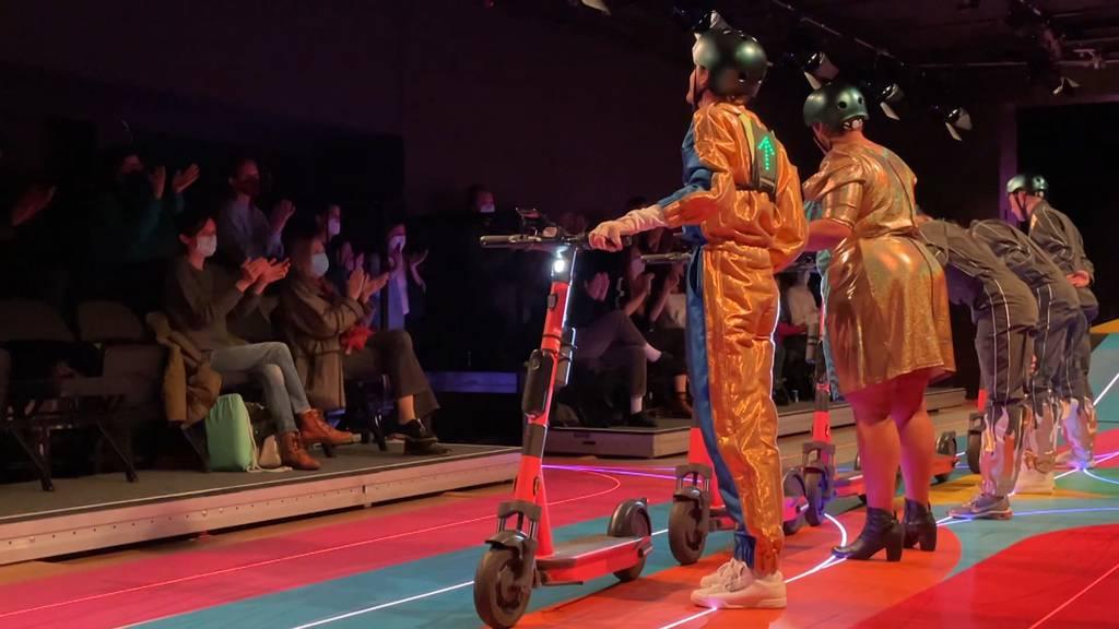 Endlich wieder Theater: Wie sich Besucher nach der Coronapause auf eine Premiere freuen