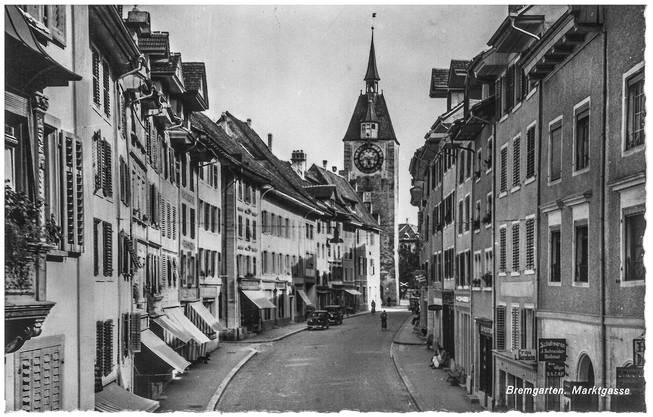 Diese Postkarte aus Bremgarten erhielt Fräulein Elsy Sulz in Niederglatt am 30. Juni 1945 von Hansruedi.